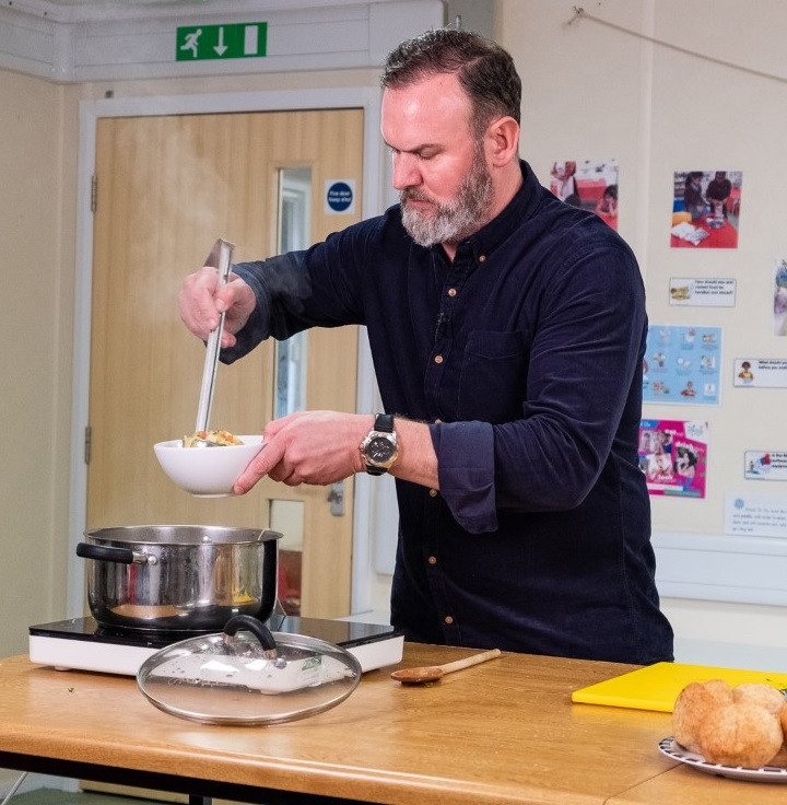 Picture of Glynn Purnell cooking for Health For Life